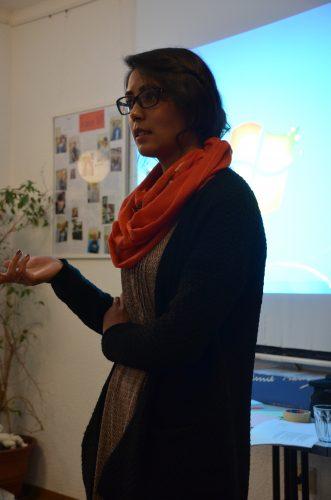 Workshop mit Schülermentorinnen zum Thema Freizeitmöglichkeiten in Deutschland und Afghanistan
